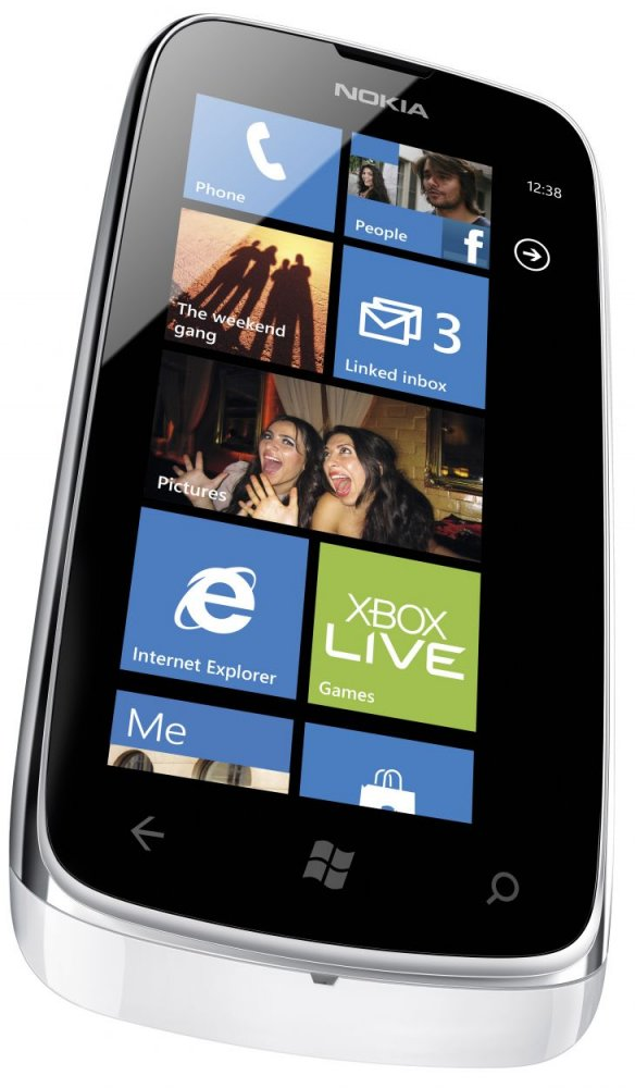Nokia Lumia 610 NFC front side view white